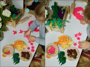 Play kitchen and Pretend Food 9