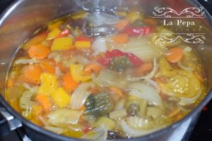 Homemade vegetable stock from scatch