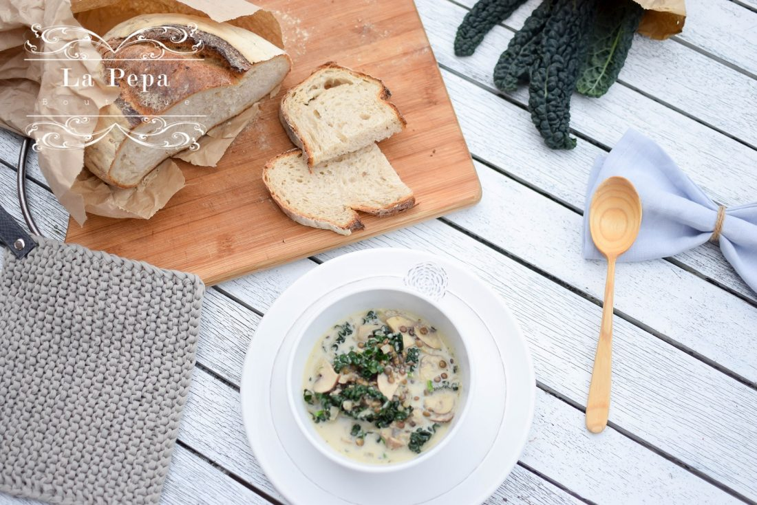 Seasonal Food | Creamy Mushroom, Kale and Lentils Soup 31