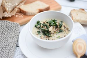 Seasonal Food | Creamy Mushroom, Kale and Lentils Soup 39