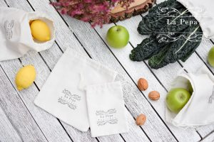 Ditch The Plastic   Reusable Grocery Bags