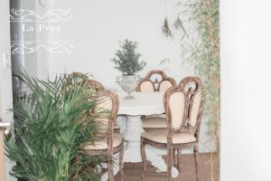 Upcycle | From Shabby to Chic - Dining Table & Chairs